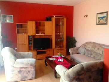 Kaštel Lukšić, Living room in the apartment, WIFI.
