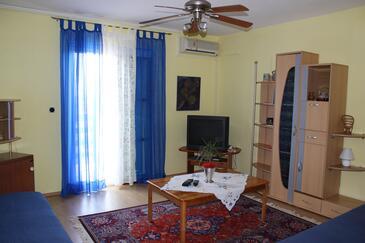 Ližnjan, Obývací pokoj v ubytování typu apartment, dostupna klima i WIFI.