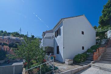 Postira, Brač, Объект 11168 - Апартаменты с галечным пляжем.