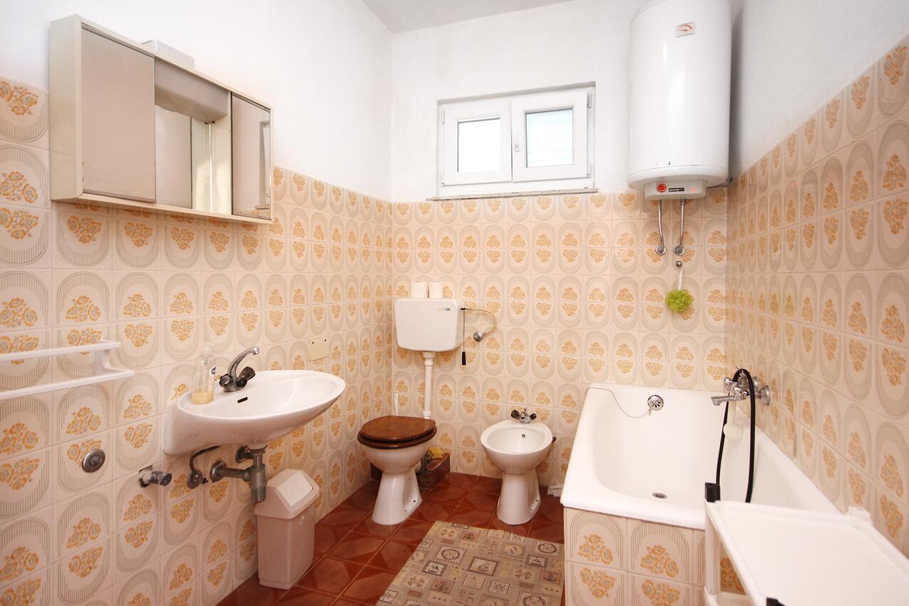 Ferienwohnung im Ort Kanica (Rogoznica), Kapazität 8+0 (1012438), Kanica, , Dalmatien, Kroatien, Bild 17