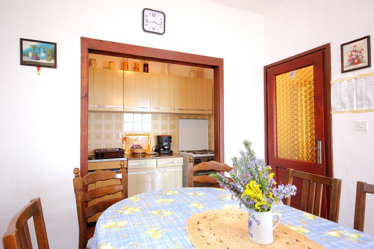 Ferienwohnung im Ort Kanica (Rogoznica), Kapazität 8+0 (1012438), Kanica, , Dalmatien, Kroatien, Bild 3