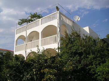 Mavarštica, Čiovo, Property 1120 - Apartments by the sea.