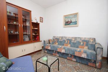 Arbanija, Living room in the apartment.