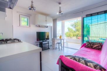 Rogač, Obývací pokoj v ubytování typu apartment, WiFi.