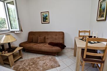 Sućuraj, Гостиная в размещении типа apartment, доступный кондиционер и WiFi.
