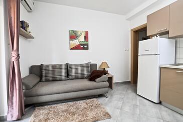 Sućuraj, Obývací pokoj v ubytování typu apartment, s klimatizací a WiFi.