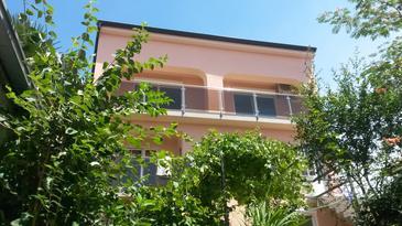 Crikvenica, Crikvenica, Property 11247 - Apartments with pebble beach.