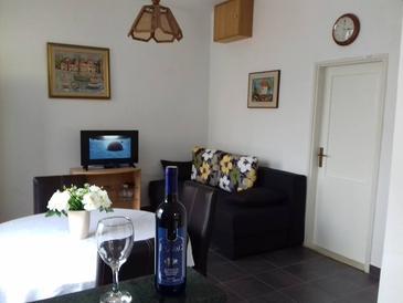 Puntinak, Living room in the apartment, dostupna klima, dopusteni kucni ljubimci i WIFI.