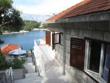 Puntinak, Brač, Property 11259 - Apartments by the sea.