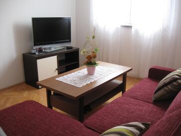 Brodarica, Pokój dzienny w zakwaterowaniu typu apartment, WiFi.