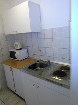 Podaca, Kitchen in the studio-apartment, dopusteni kucni ljubimci i WIFI.