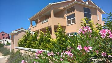 Pula, Pula, Property 11288 - Apartments with rocky beach.