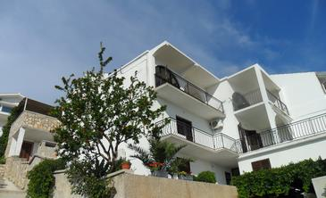 Tisno, Murter, Property 11289 - Apartments by the sea.