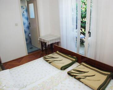 Jelsa, Bedroom in the room.
