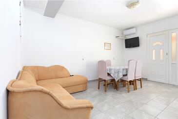 Grebaštica, Obývacia izba v ubytovacej jednotke apartment, WIFI.