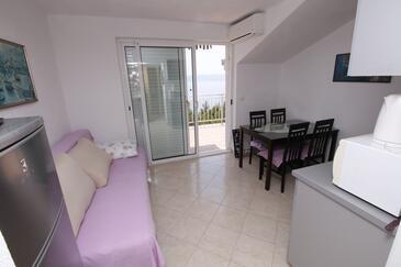Marušići, Blagovaonica u smještaju tipa apartment, dostupna klima i WiFi.