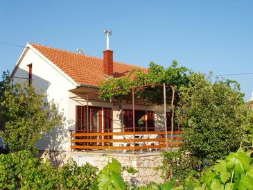 Betina, Murter, Property 11322 - Apartments in Croatia.