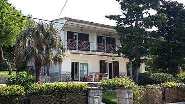 Klenovica, Novi Vinodolski, Property 11323 - Apartments near sea with pebble beach.