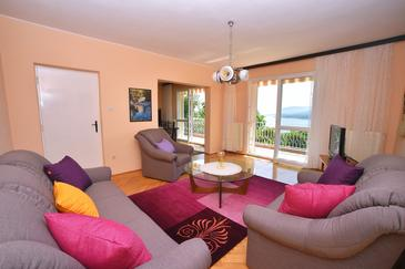 Rabac, Sala de estar in the apartment, (pet friendly) y WiFi.