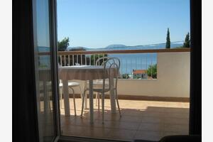 Apartments with a parking space Gradac, Makarska - 11332