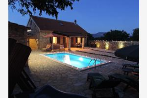 Family friendly house with a swimming pool Gluići, Krka - 11337
