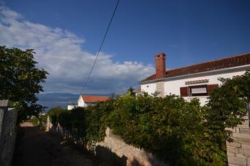 Splitska, Brač, Property 11339 - Apartments by the sea.