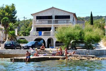 Slatine, Čiovo, Property 1134 - Apartments and Rooms near sea with pebble beach.