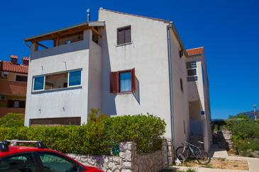 Cres, Cres, Property 11342 - Apartments with pebble beach.