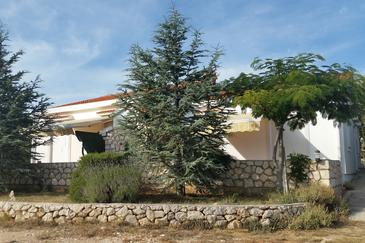 Mandre, Pag, Property 11365 - Apartments with pebble beach.