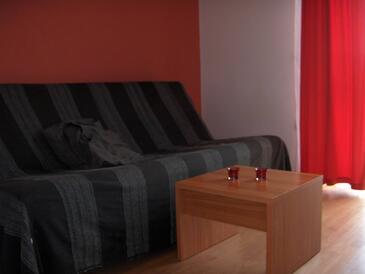Jezera, Living room in the apartment, dostupna klima i WIFI.