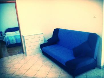 Novi Vinodolski, Living room in the apartment, dopusteni kucni ljubimci i WIFI.