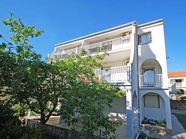Banjol, Rab, Property 11381 - Apartments in Croatia.