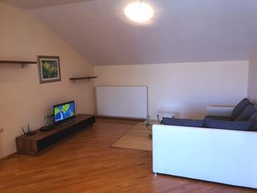 Banjol, Living room in the apartment, dostupna klima, dopusteni kucni ljubimci i WIFI.