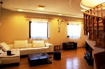Sumartin, Гостиная в размещении типа apartment, Домашние животные допускаются и WiFi.