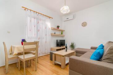 Fažana, Obývací pokoj v ubytování typu house, s klimatizací a WiFi.