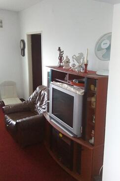 Tribunj, Living room in the apartment, dostupna klima, dopusteni kucni ljubimci i WIFI.