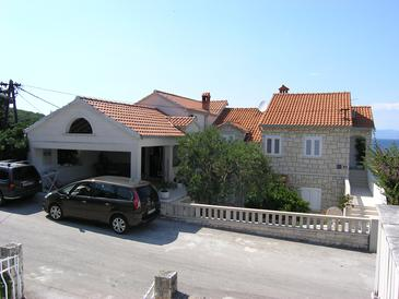 Postira, Brač, Property 11428 - Apartments with pebble beach.