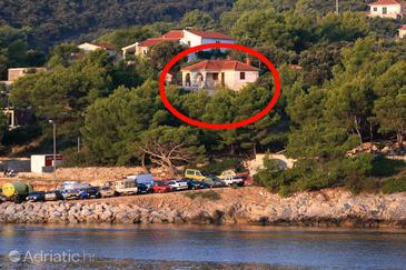 Rogač, Šolta, Property 11436 - Apartments by the sea.