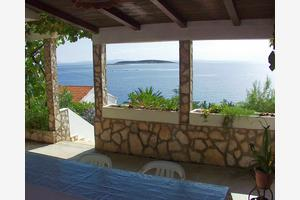 Apartments by the sea Milna, Vis - 1145