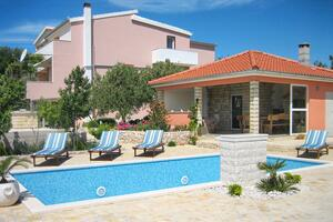 Family friendly apartments with a swimming pool Dvornica (Rogoznica) - 11470