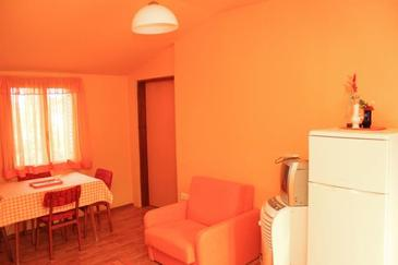 Veli Lošinj, Dining room in the apartment, air condition available.