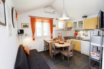 Škrip, Dining room in the house, dostupna klima, dopusteni kucni ljubimci i WIFI.