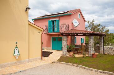Kornić, Krk, Объект 11504 - Дом для отдыха с галечным пляжем.