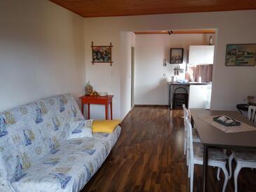 Novi Vinodolski, Obývací pokoj v ubytování typu apartment, dostupna klima i WIFI.