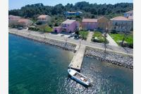 Apartments by the sea Veli Rat (Dugi otok) - 11525