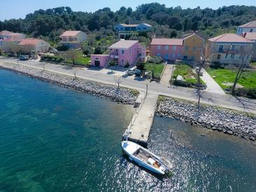 Veli Rat, Dugi otok, Property 11525 - Apartments by the sea.