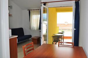 Apartments with a parking space Selce, Crikvenica - 11527