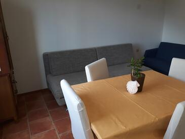 Slađenovići, Dining room in the apartment, WiFi.