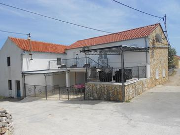 Veli Rat, Dugi otok, Property 11533 - Vacation Rentals with rocky beach.