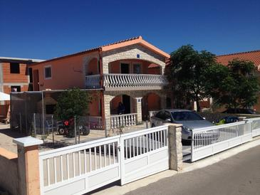 Vir, Vir, Property 11534 - Apartments near sea with sandy beach.